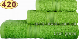 Полотенце 50х90 см оливкового цвета 420 г/м2