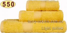 Полотенце 50х100 см светло-желтого цвета 550 г/м2