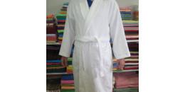 Махровый халат банный